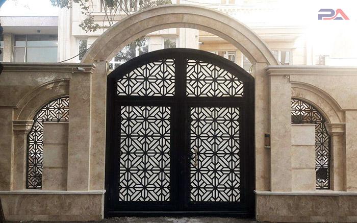 انتخاب درب ورودی منزل