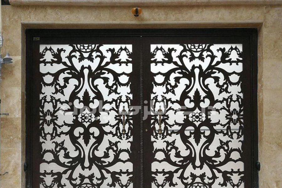 راهنمای انتخاب و تعویض درب قدیمی با درب های فلزی جدید