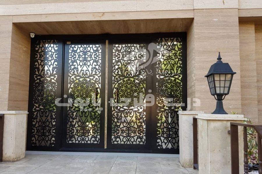 راهنمای انتخاب درب آهنی ورودی ساختمان مسکونی ، جدید و مدرن