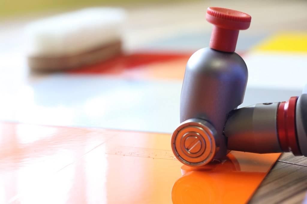 آزمون کنترل کیفیت در سنجش کیفیت رنگ آمیزی سطوح