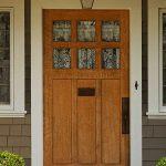 درب های فایبرگلاس نمونه ای از درب های ورودی ساختمان با نمای زیبا و مدرن