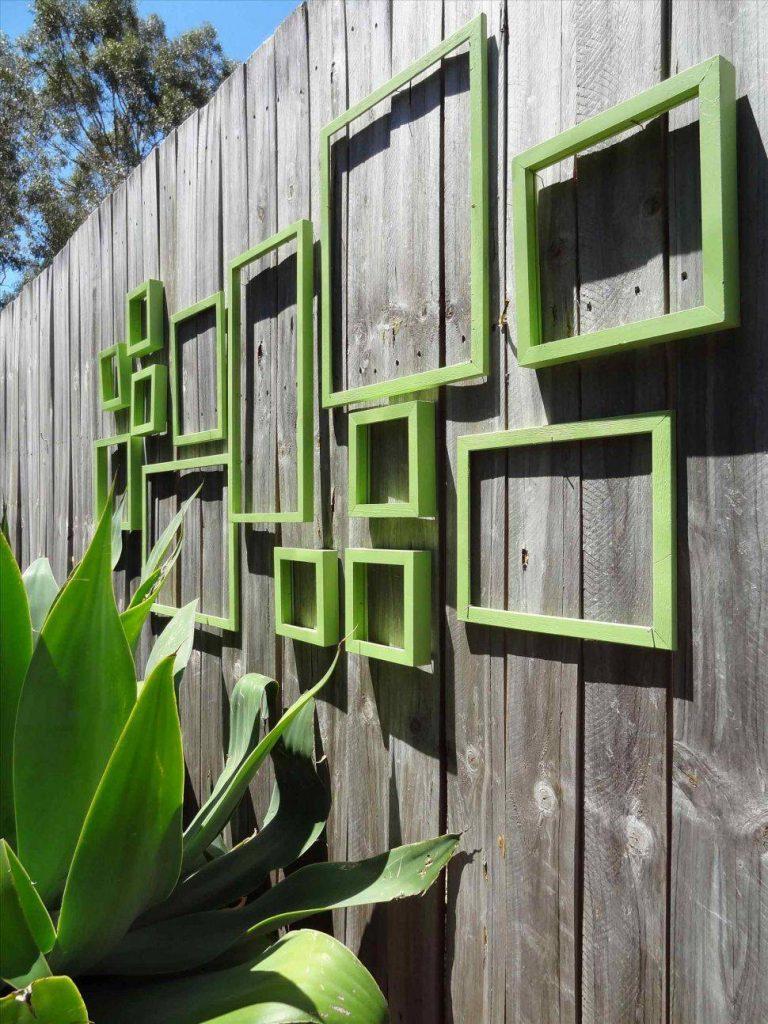 استفاده از اشیای حجم دار برای طراحی دکوراسیون نمای بیرونی ساختمان