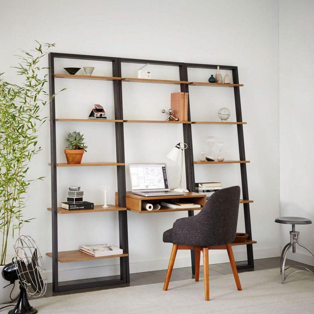 قفسه های مدرن با طرح ها و رنگ های مختلف در آپارتمان