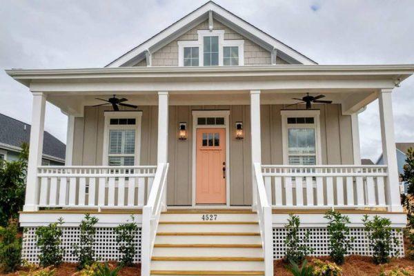 ۱۲ درب ورودی در رنگ های جدید و متنوع برای ورودی خانه