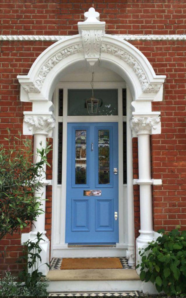 رنگ درب ورودی ساختمان بنفش یاسی