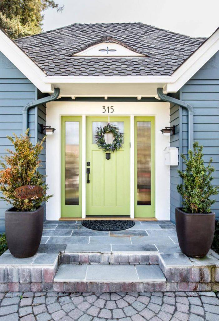 رنگ درب ورودی منزل سبز نعنایی