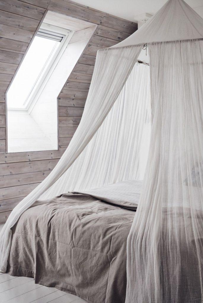 ایده های دکوراسیون - نصب سایه بان برای تخت