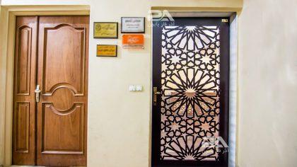 20 مدل زیبا از انواع درب ورودی برای ساختمان های اداری و تجاری