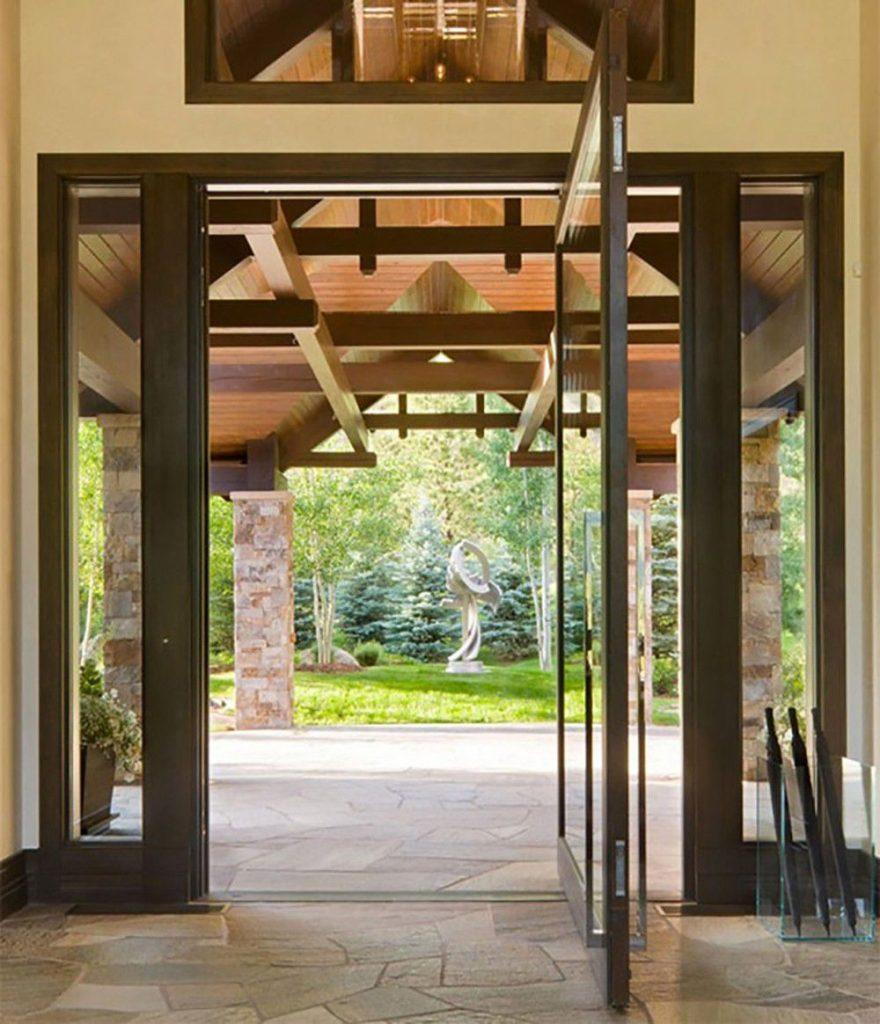 درب های ساختمانی چوبی به صورت تلفیقی با شیشه
