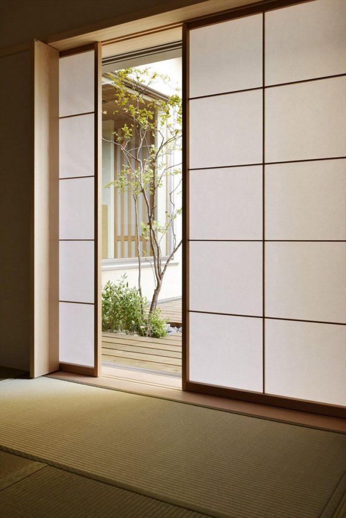 مزیت استفاده از درب کشویی ساختمان