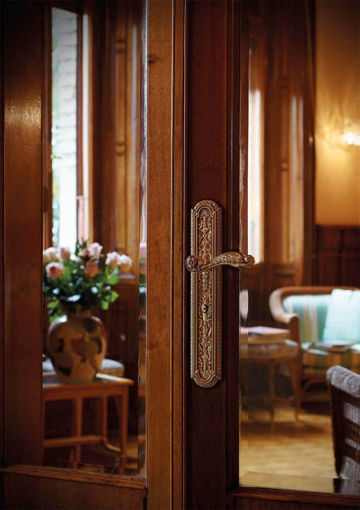 مدل دستگیره درب چوبی جدید با طرح و شکل های بسیار شیک و متنوع