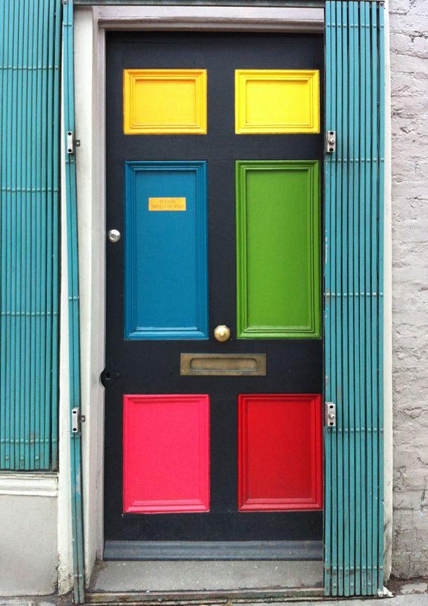 رنگ آمیزی، ساده ترین راهکار برای نو سازی درب خانه