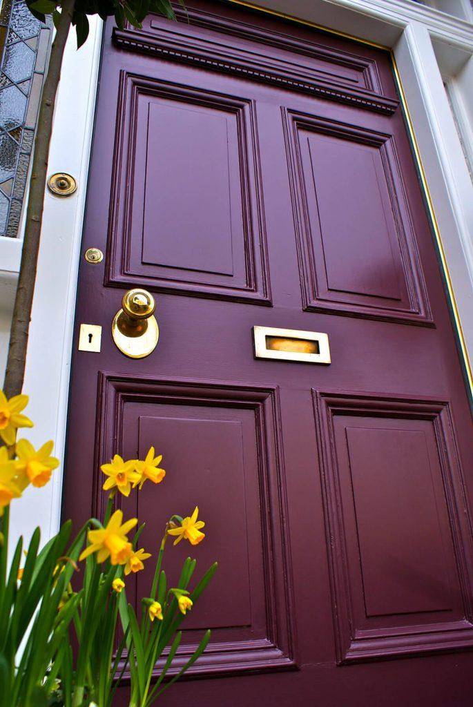 درب های چوبی مدرن مدل درب ورودی چوبی مدرن با طراحی منحصر به فرد