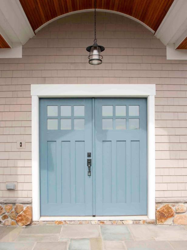 درب چوبی ورودی ساختمان و درب چوبی ورودی اتاق ، کمد