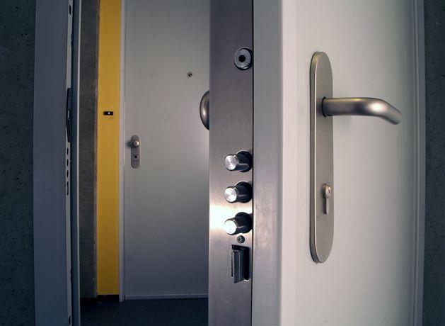 طراحی درب ضد سرقت