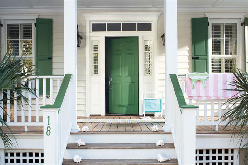 تزیین درب حیاط برای ساختمان های ساحلی