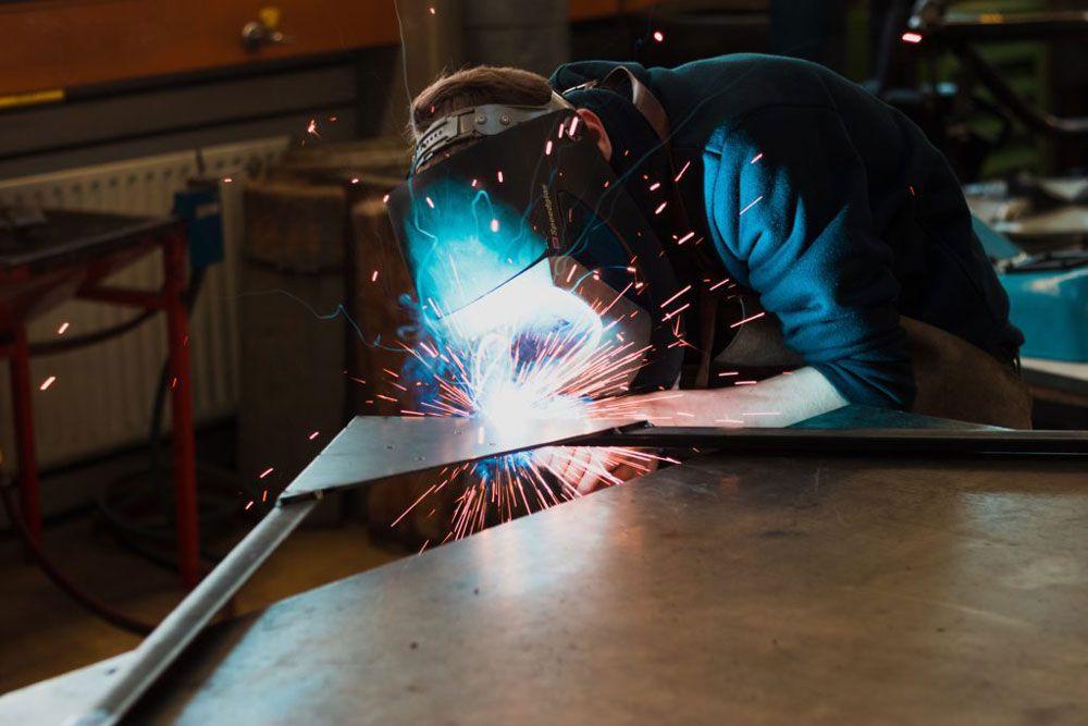 نکات مهم در جوشکاری درب فلزی