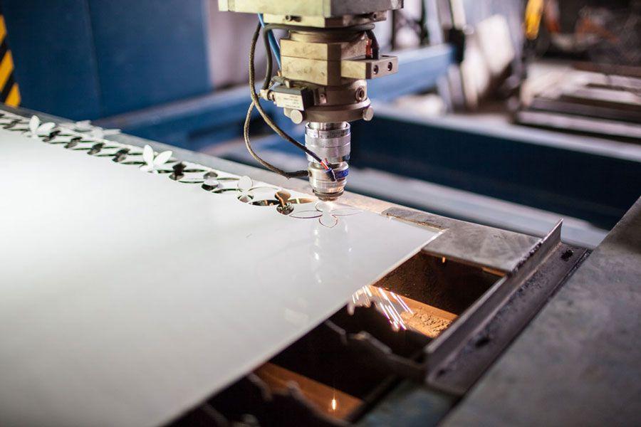 با دستگاه برش لیزری ورقه های فولادی بیشتر آشنا شویم