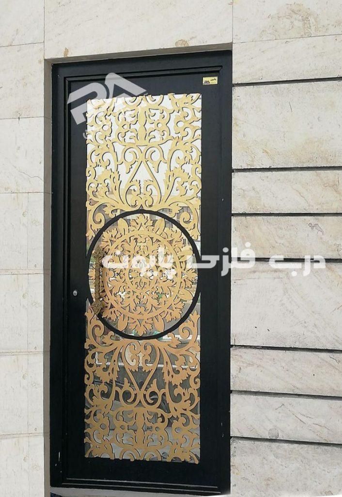 طراحی درب ورودی برای ساختمان های کوچک