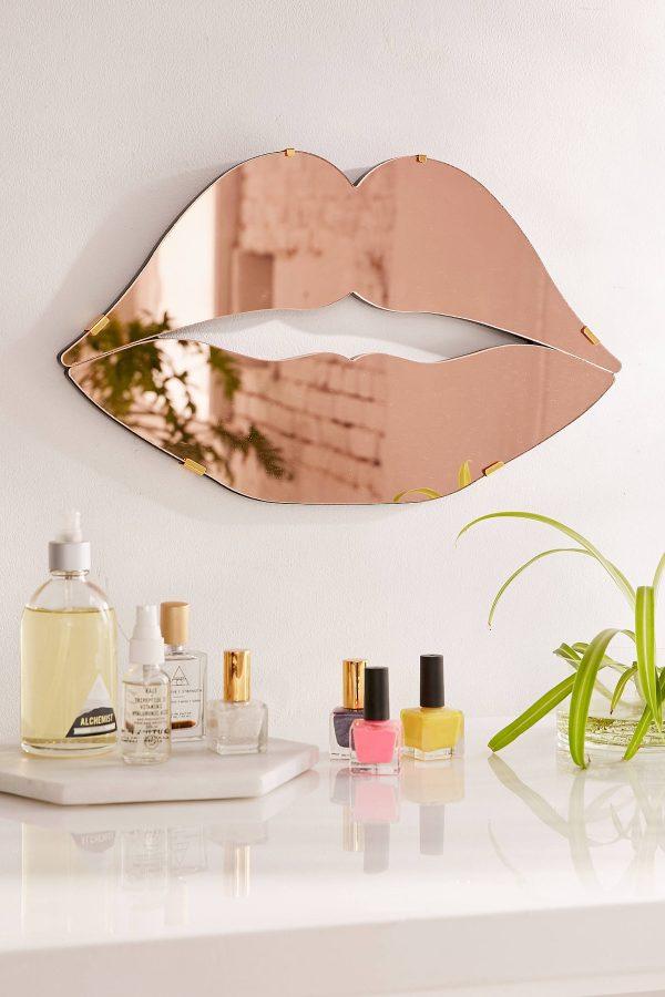 آینه های دکوراتیو برای نمای داخلی آپارتمان های مسکونی
