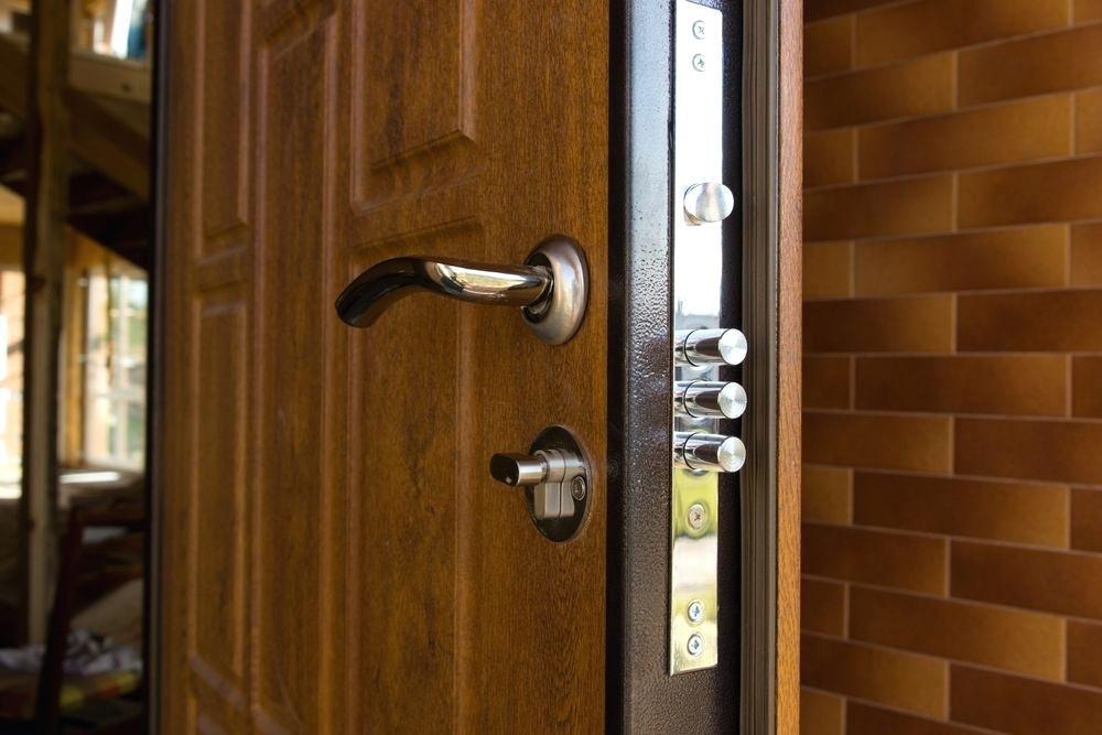 قفل تک زبانه یا تک زبانه؛ کدام یک بهتر است؟