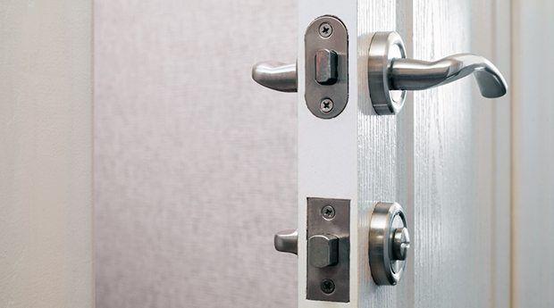 مزایا و معایب قفل های دو زبانه چیست؟