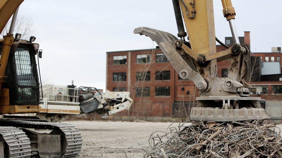 بازیافت پسماندهای ساختمانی برای مشاغل و محیط زیست بسیار مهم است