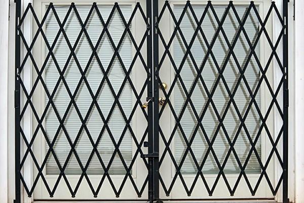 درهای آکاردئونی مناسب درب ساختمان