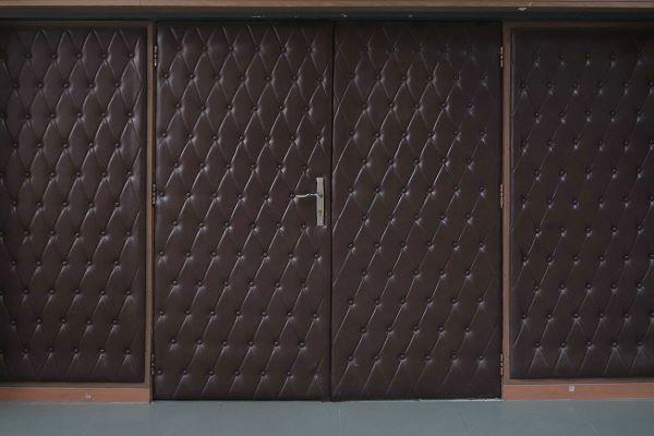 مواد به کار رفته در ساخت درب آکوستیک