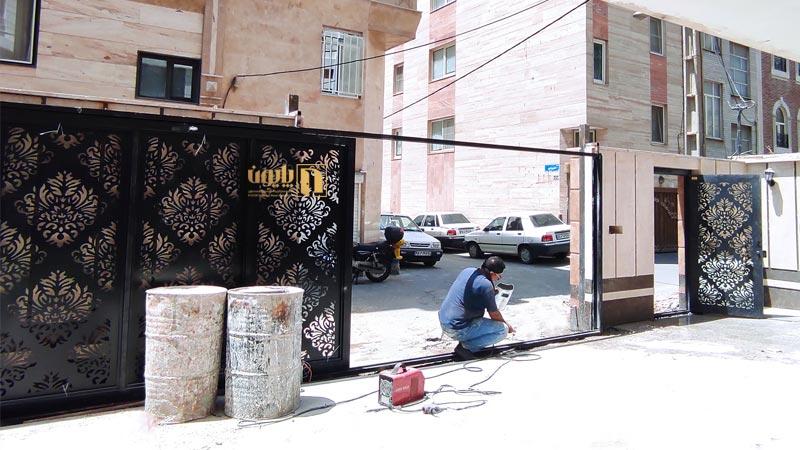 درب فلزی کشویی در تهران