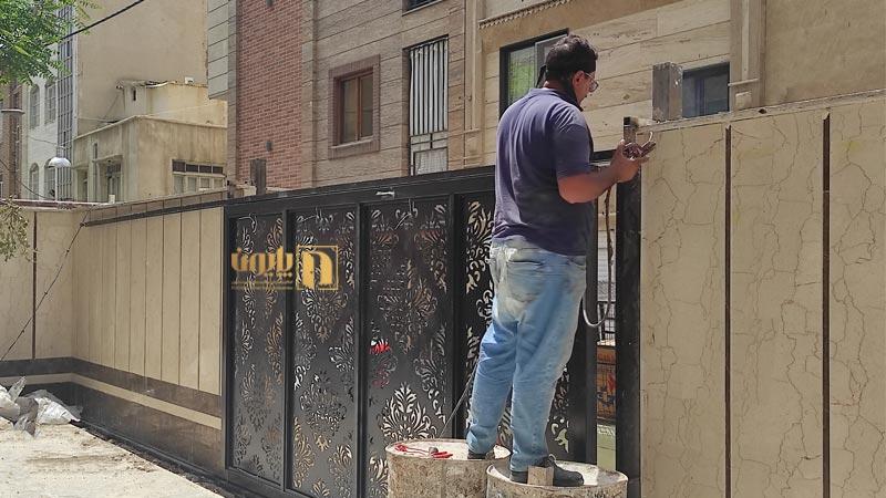درب ریلی در نظام آباد تهران